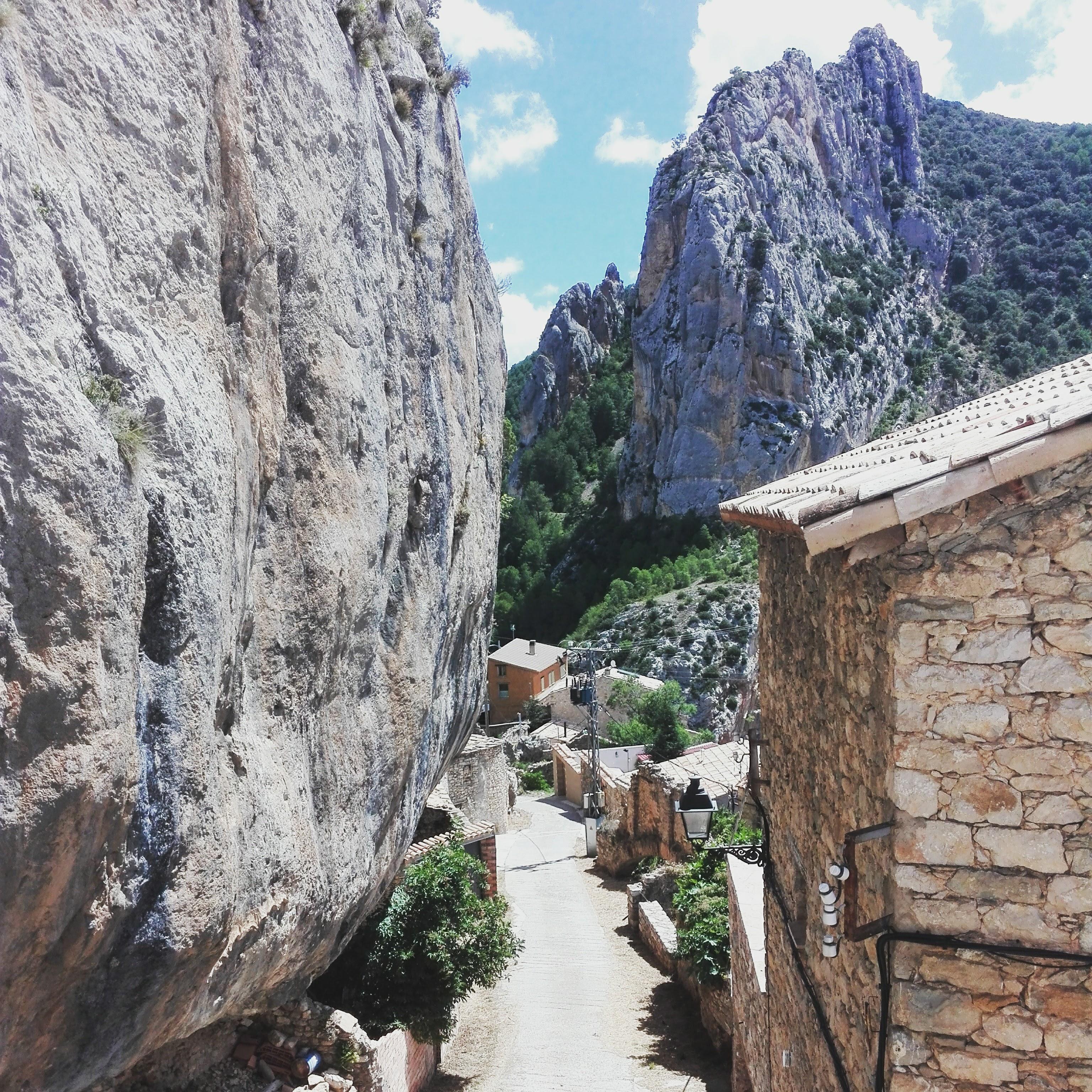 rock climbing pyrenees lleida huesca bigtime aventura